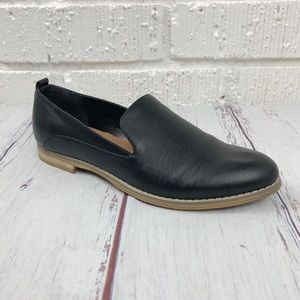 INDIGO RD Hestley Black faux leather loafer size 9